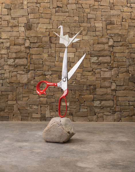 Kevin Box, Conversation Peace, cast stainless steel/stone, 84 x 24 x 36.