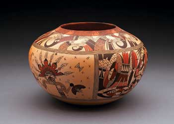 Untitled Pot by Jacob Koopee Jr. 
