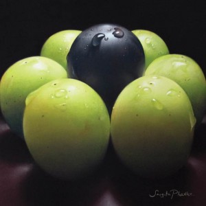 Sangita Phadke, Black and Green Grapes, pastel, 12 x 12.