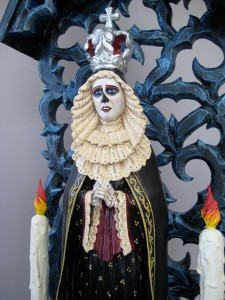 Arthur Lopez, Reina de la Muerte (detail), wood/mixed media, 36 x 13 x 5.